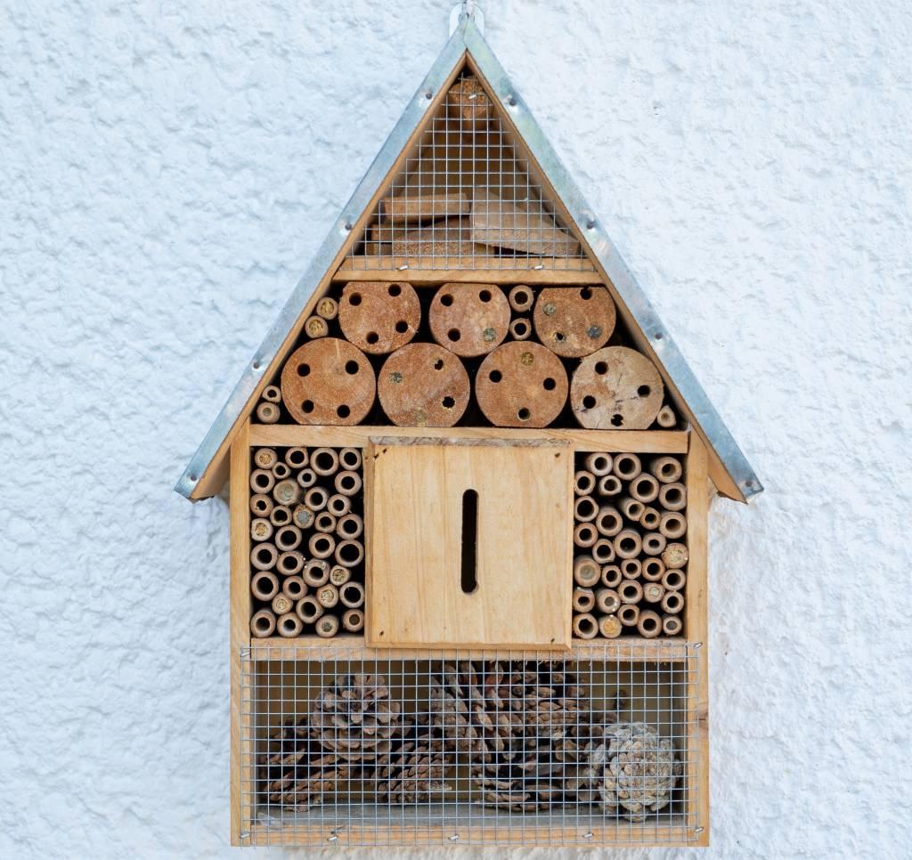 nachhaltigkeit_balkon_insektenhotel